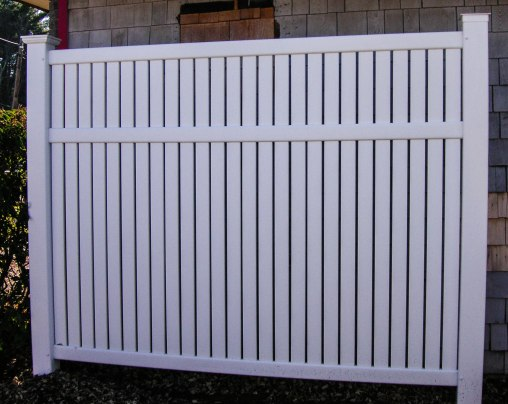 Imperial semi-private fence style