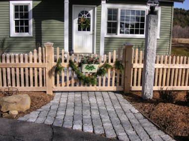 Hampton Series gate