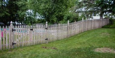 Martha Washington double drive gate